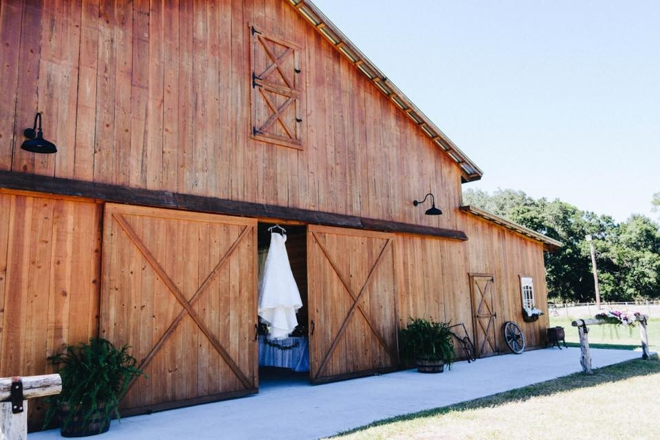 Venues - Rafter J. Ranch Barn